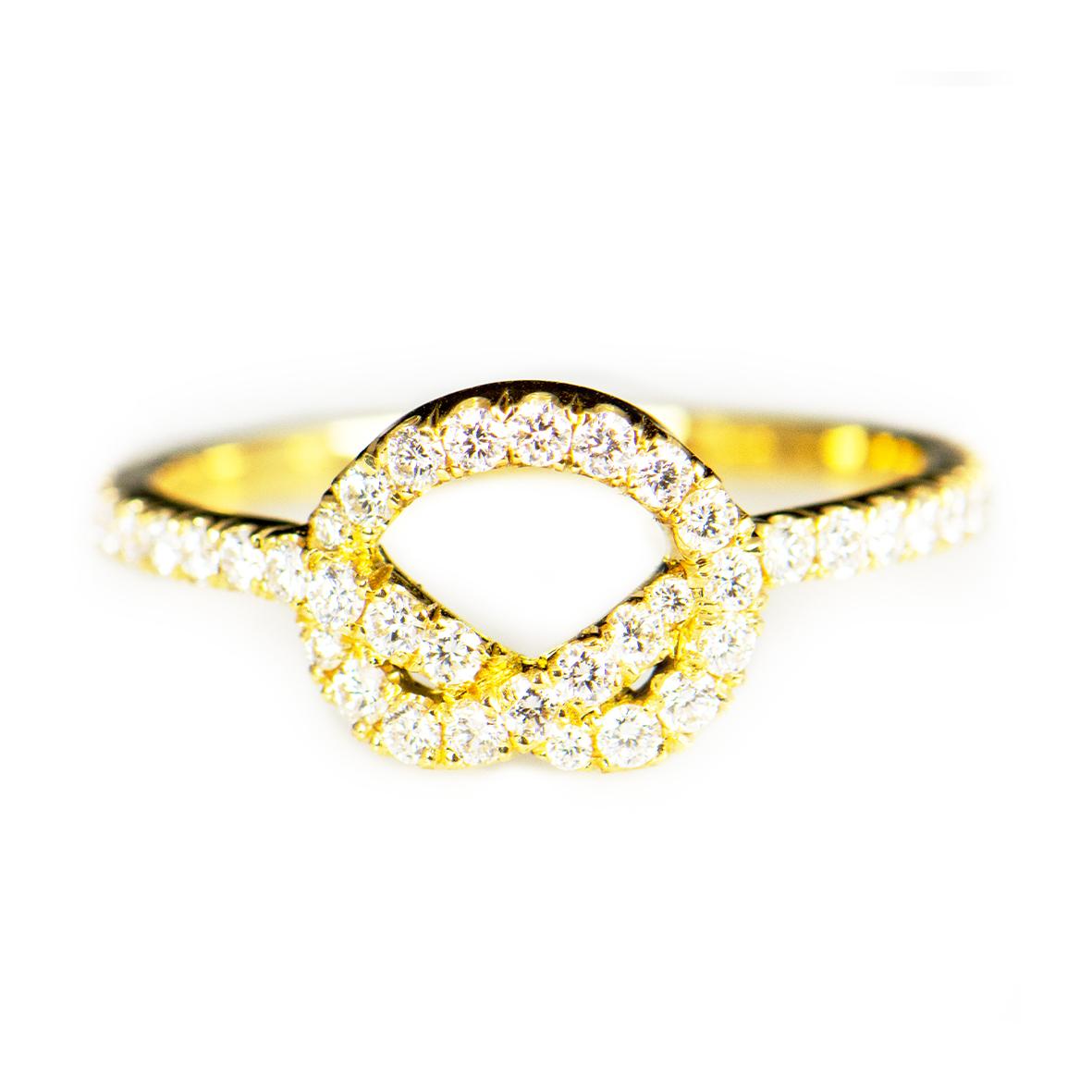 Pierścionek złota pętla z brylantami