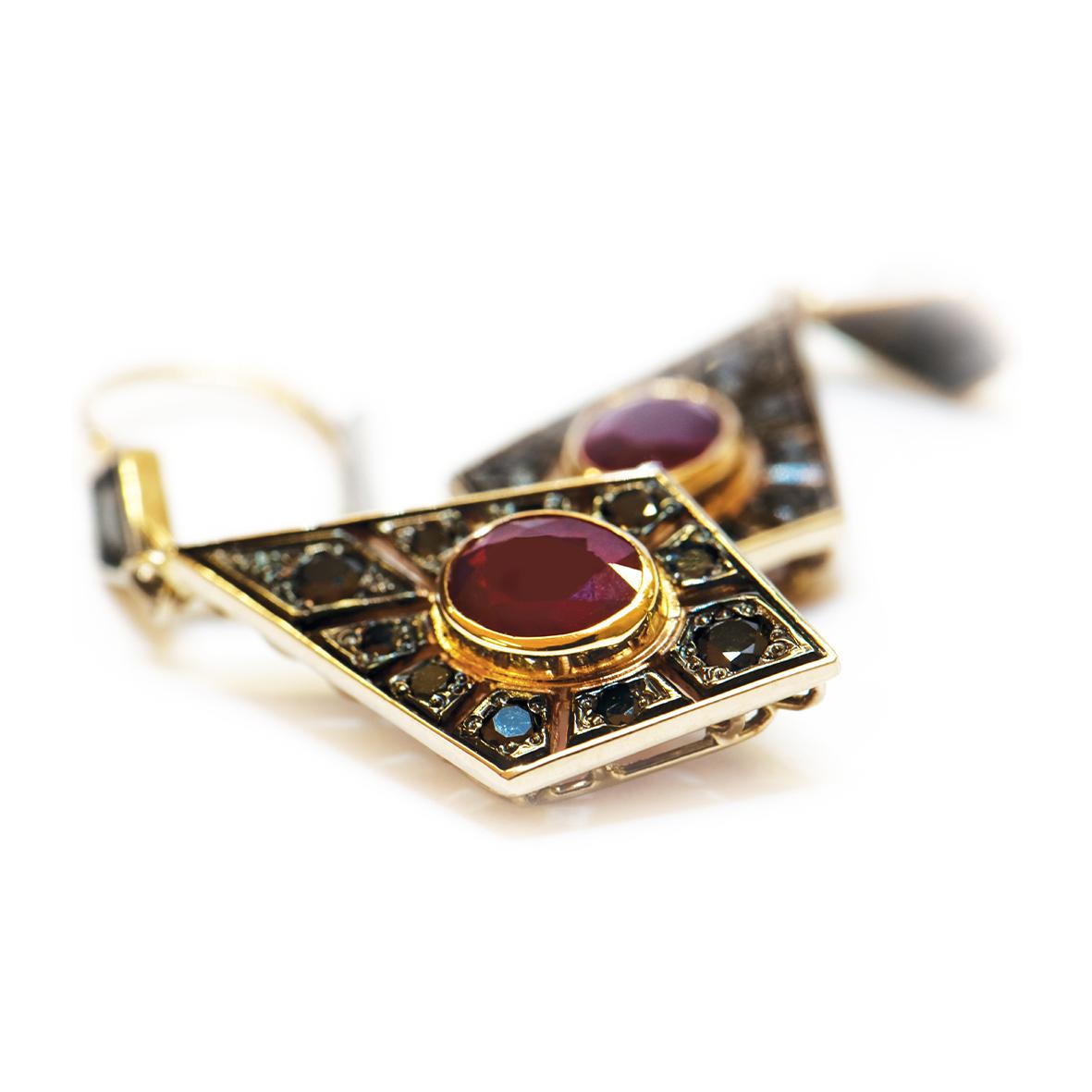 Kolczyki rubiny i czarne diamenty