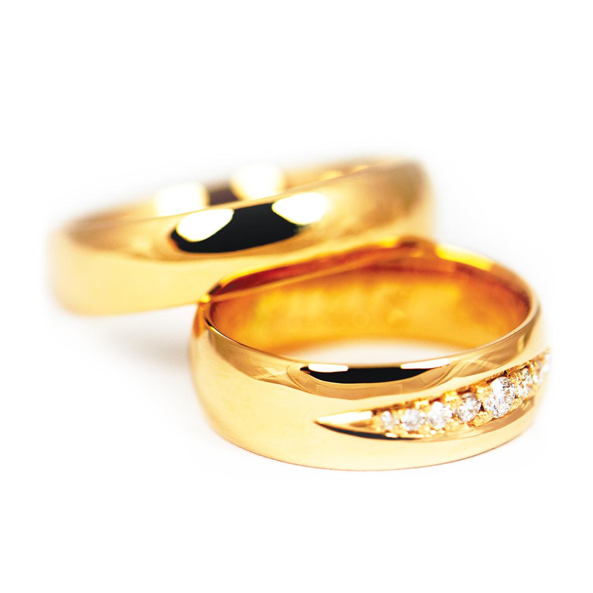 Obrączki ze złota z brylantami