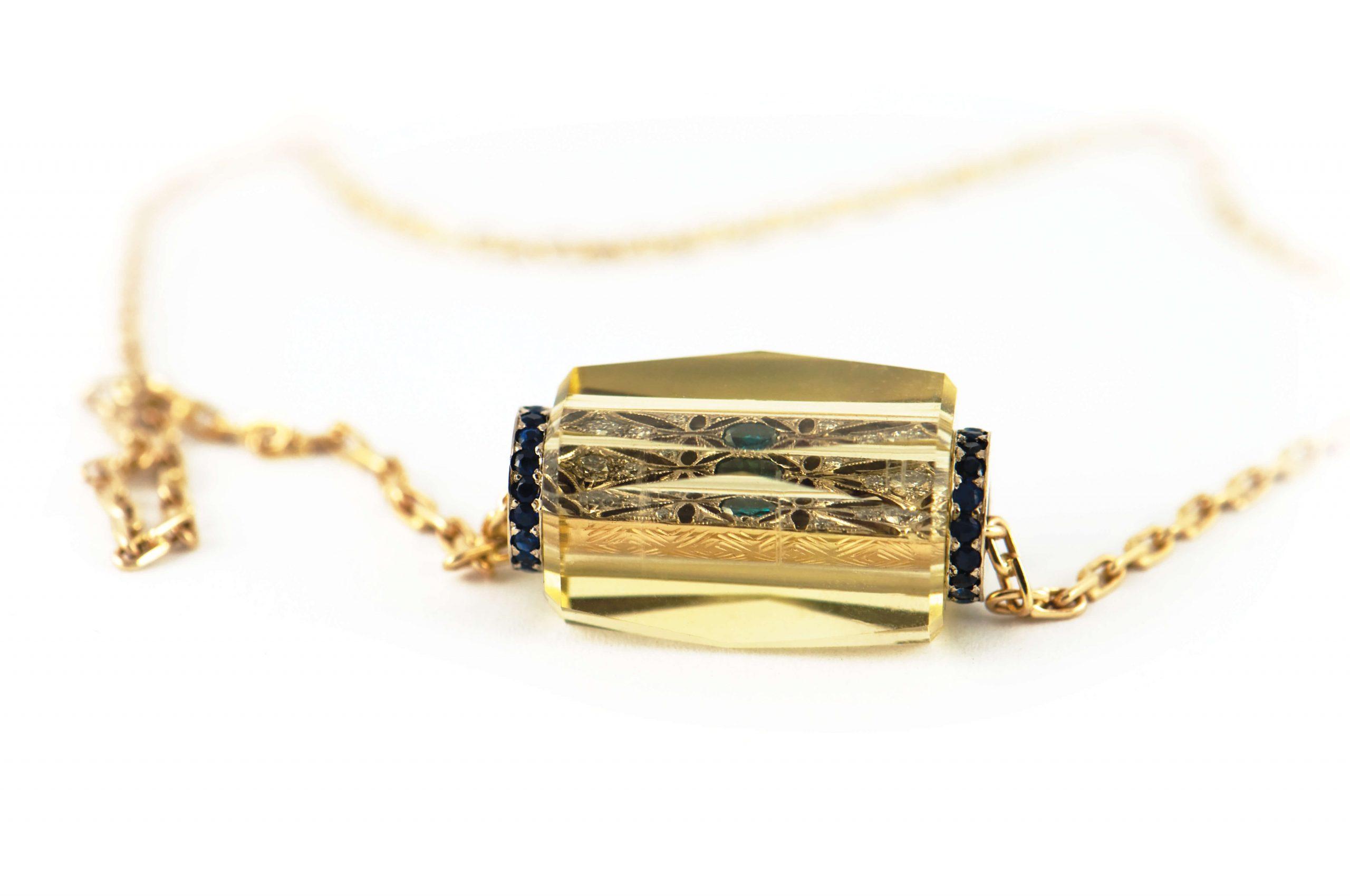 Naszyjnik Au585, biaąe i ĺĘąte ząoto, cytryn, szafiry, diamenty, II miejsce w konkursie Ząoto i srebro w rzemioėle 2016 (1)_RGB (1)