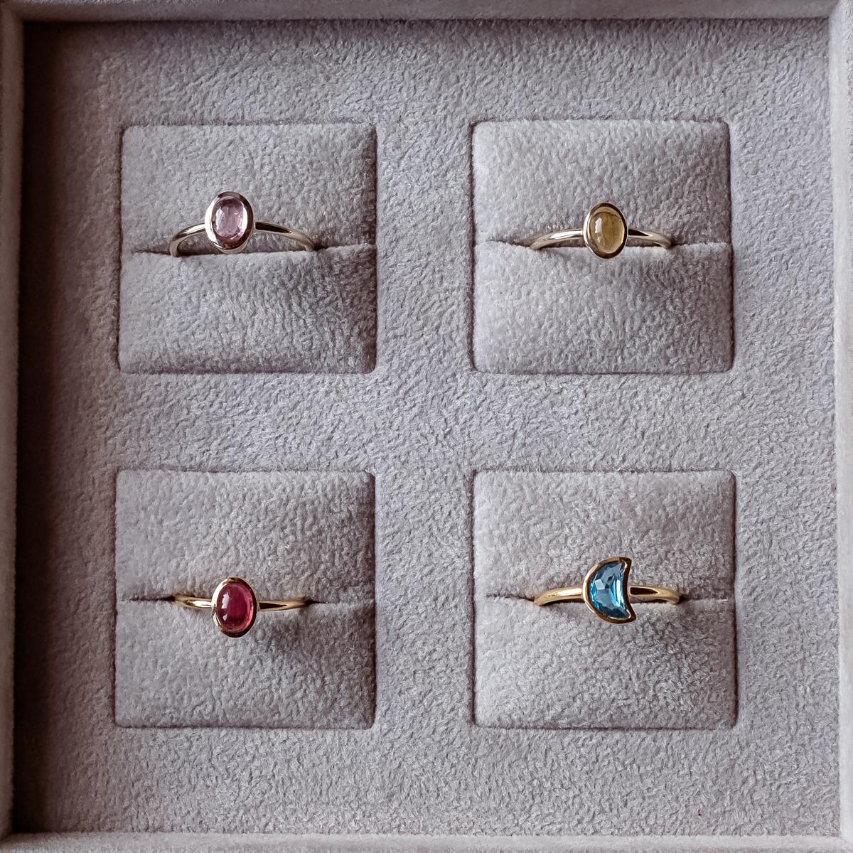 minimalistyczne pierścionki ze złota